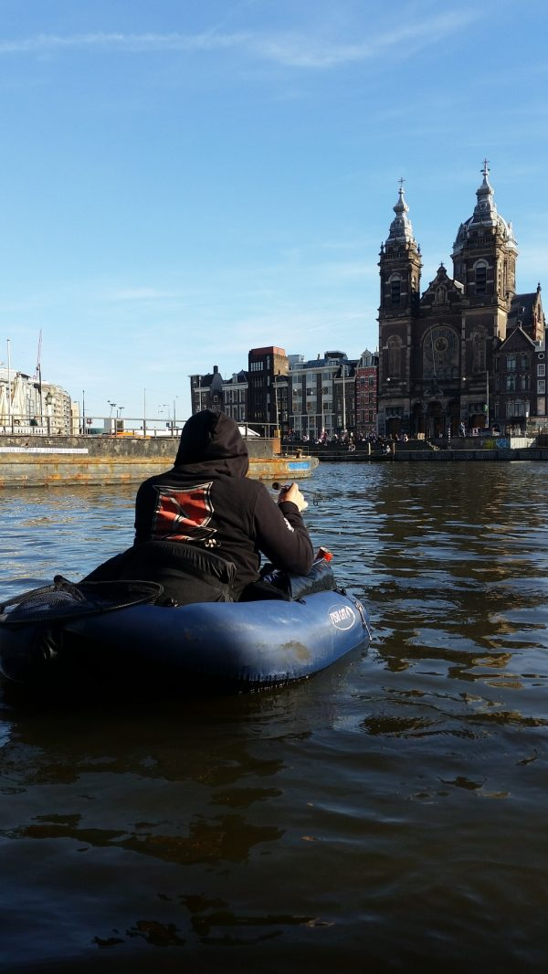 [Partie 2] Fishing trip à Amsterdam : Float-Tube et coloris flashy !